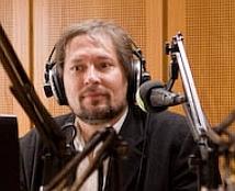 imc-onair-mit-trilok-gurtu-im-studio1-tideradio96-0102-2