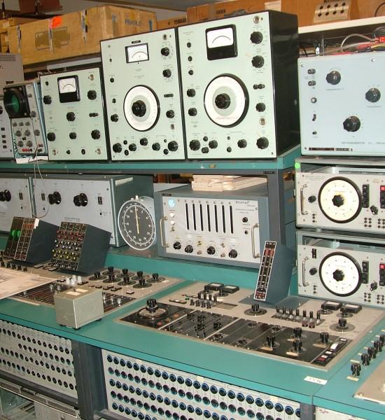 Elektro Musik Logo Source Synthesizer Database